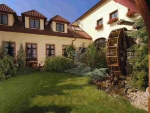 Hotel Selsky dvur - Hotels, Pensionen | hportal.de