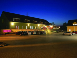 Equitana Hotel Resort - Hotels, Pensionen | hportal.de