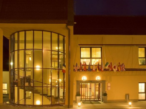 Hotel Primavera - Hotels, Pensionen | hportal.de