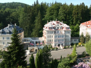 Hotel Manes - Hotels, Pensionen | hportal.de