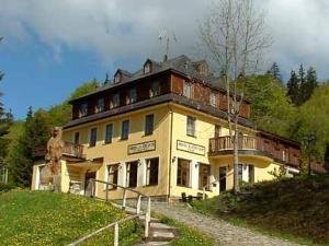 Hotel Lucni Dum - Hotels, Pensionen | hportal.de