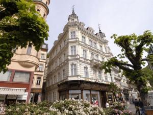 EA Hotel Esplanade - Hotels, Pensionen | hportal.de