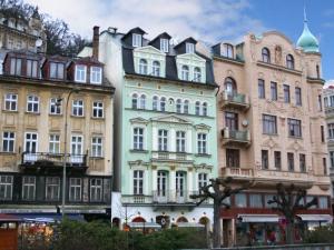 EA Hotel Mozart - Hotels, Pensionen | hportal.de