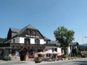 Hotel Lesni Dum - Hotels, Pensionen | hportal.de