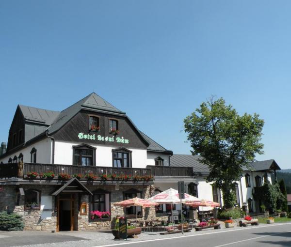 Hotel Lesni Dum