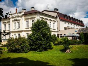 Parkhotel Morris  - Hotels, Pensionen   hportal.de