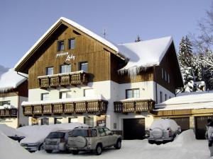 Pension Luky - Hotels, Pensionen | hportal.de