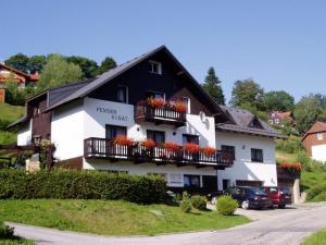 Pension Kubat - Hotels, Pensionen | hportal.de