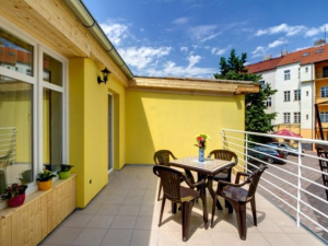 Apartment House Zizkov - Hotels, Pensionen | hportal.de