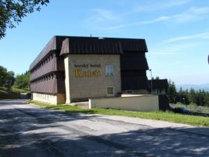 Hotel Kubat - Hotels, Pensionen | hportal.de
