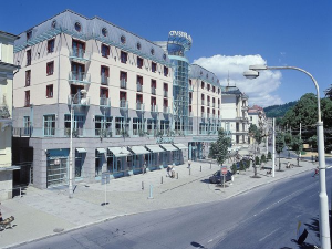 Hotel Cristal Palace - Hotels, Pensionen | hportal.de
