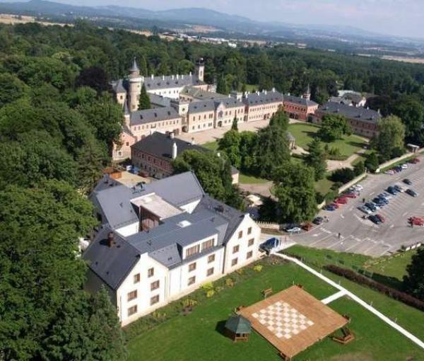 Schlosshotel Sychrov
