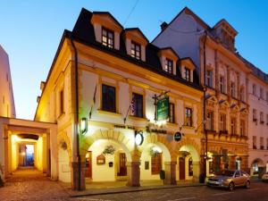 Hotel Nelly Kellys - Hotels, Pensionen | hportal.de