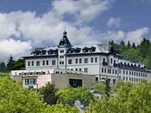 Hotel Monty - Hotels, Pensionen | hportal.de