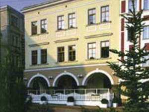 Grand Luxury Hotel  - Hotels, Pensionen | hportal.de